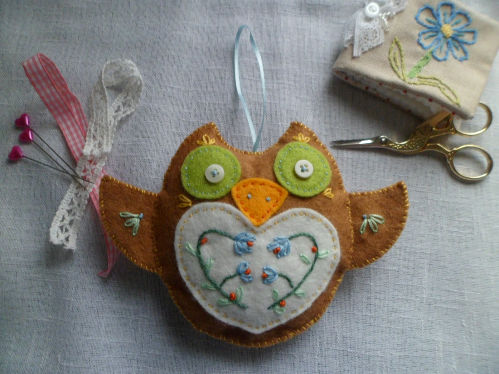 OWL FELT PINCUSHION