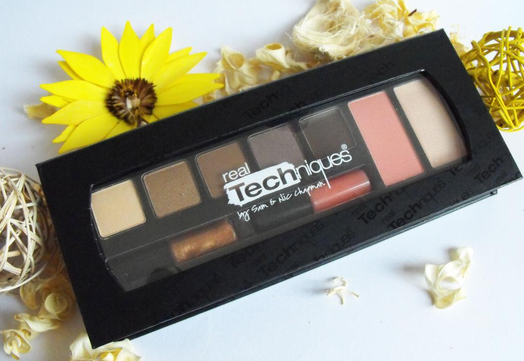 Real Techniques Modern Natural Make Up Kit