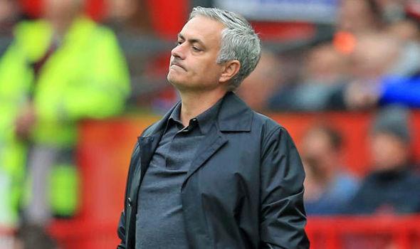MU Alami Krisis, Mourinho Sebut Dirinya Jadi Sasaran Tembak