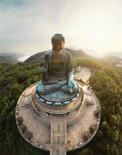 The Big Buddha & Po Lin Monastery