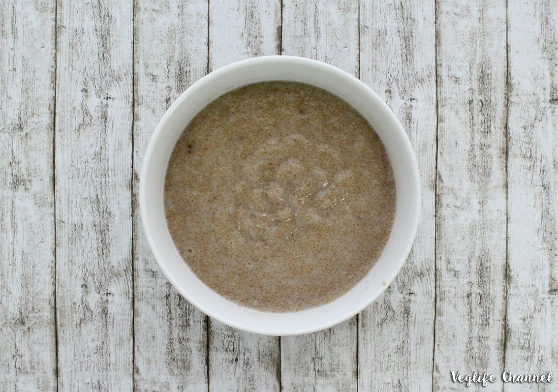 Porridge di amaranto vegan senza glutine