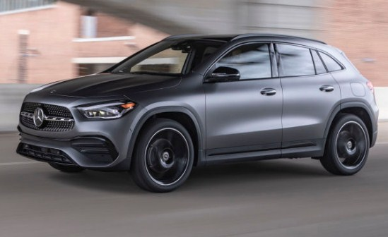 mercedes-benz-gla-front-exterior-headlights-and-emblem-and-grille