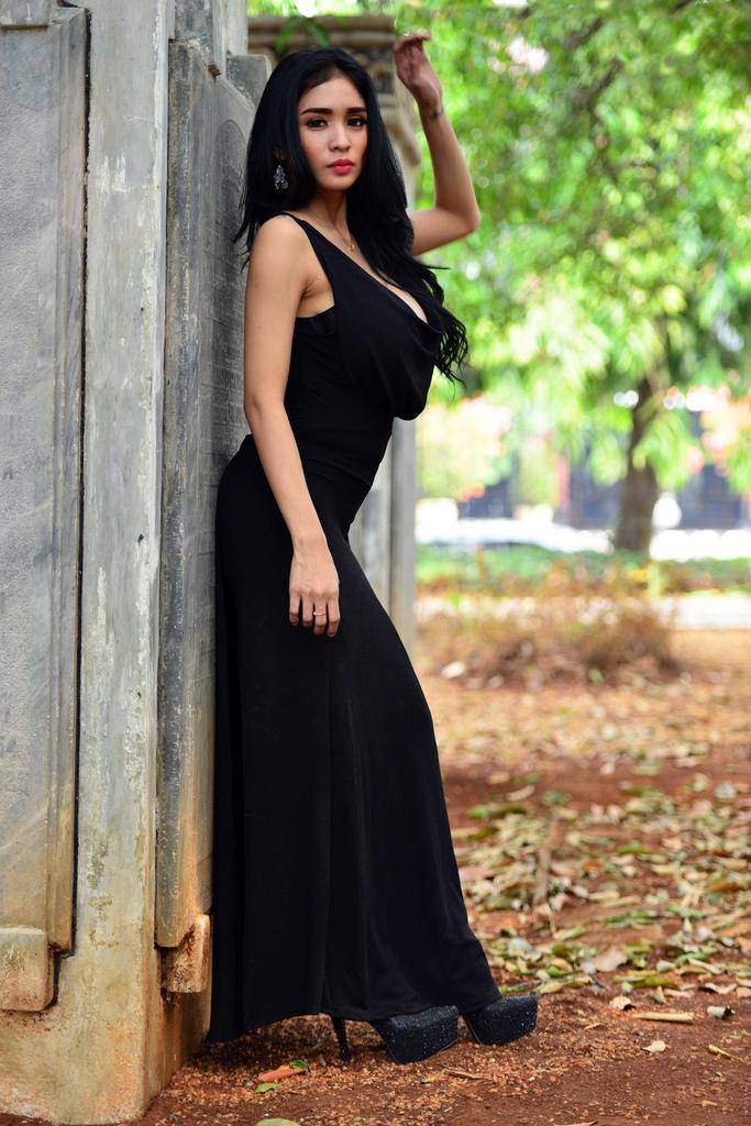 Foto Terbaru Artis pemain FTV Cewek IGO peremupan Cantik Bibie Julius Aka Nadia Ervina baru