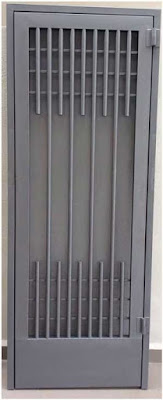 model pintu luar rumah minimalis besi
