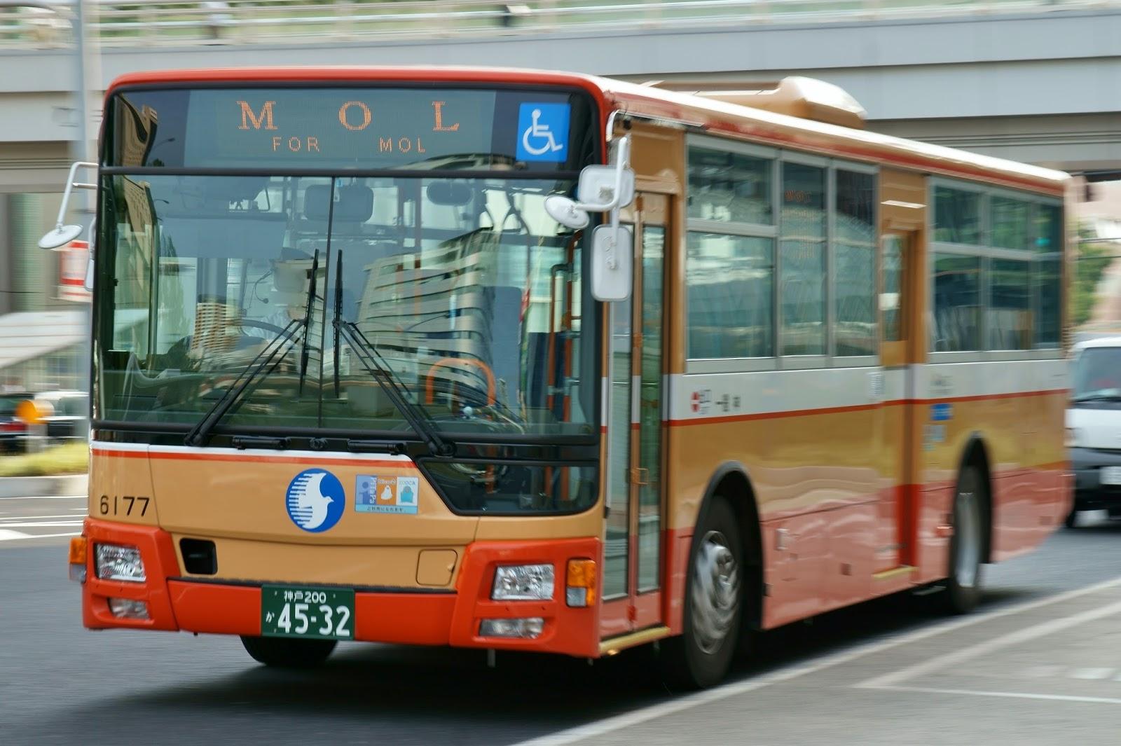 広島のバス: 神姫バス 神戸200か...