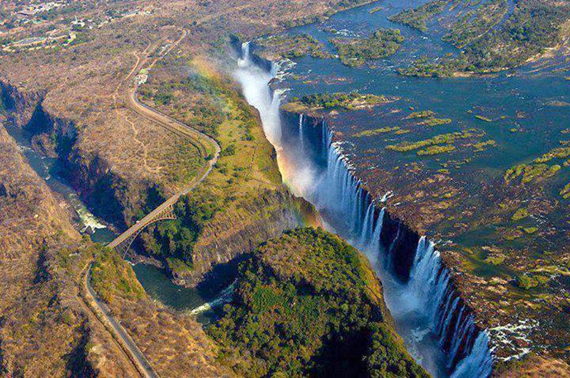 4. Victoria Falls, Zimbabwe & Zambia - 7 Waterfalls That Will Take Your Breath Away