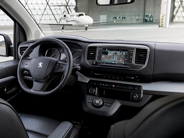 Interior Peugeot Traveller