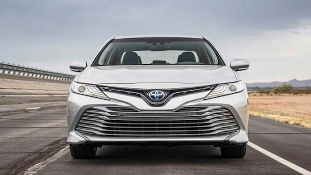2018 Toyota Camry Car And Driver