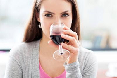 Lượng rượu uống mỗi ngày cần hợp lý
