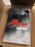 """Biała noc"" Jim Butcher, fot. paratexterka ©"