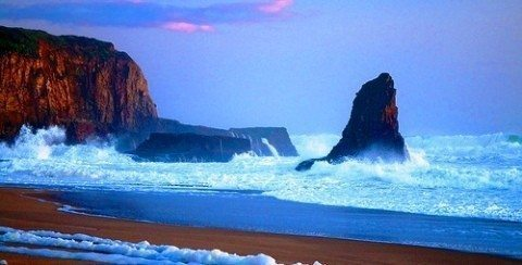 Waterfalls_Davenport_beach_California.jpg