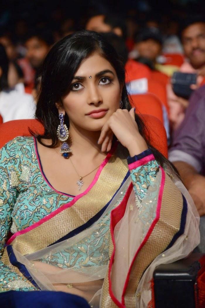 ACTRESS & ACTORS: Pooja Hedge At Mukunda Movie Audio Event