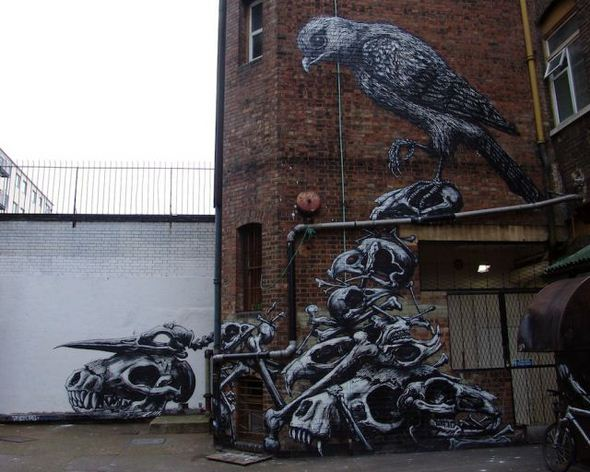 الفن بأى شىء وعلى أى شىء street-art-work-42.j