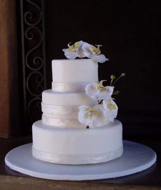 Wedding cake designed by Sonja Stone