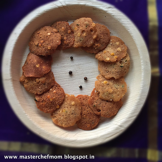 Milagu Thattai ( Pepper Thattai from Tamilnadu)