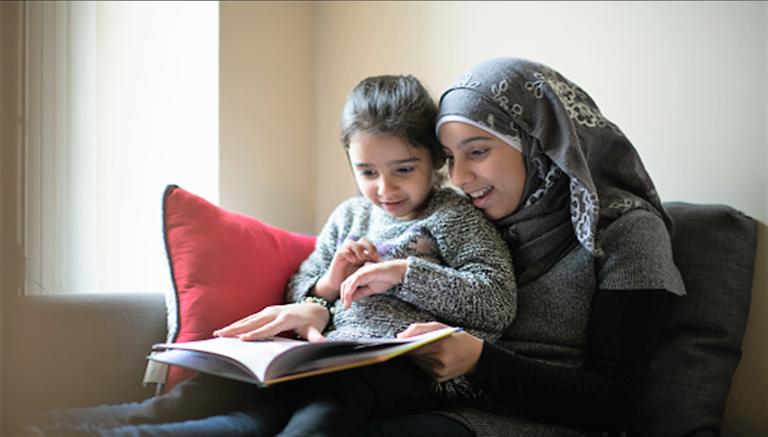 Lakukan 5 Tips Ini Agar Anak Jadi Lebih Senang Membaca