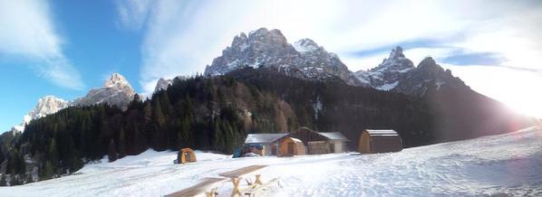 case prefabbricate in legno Pod in montagna