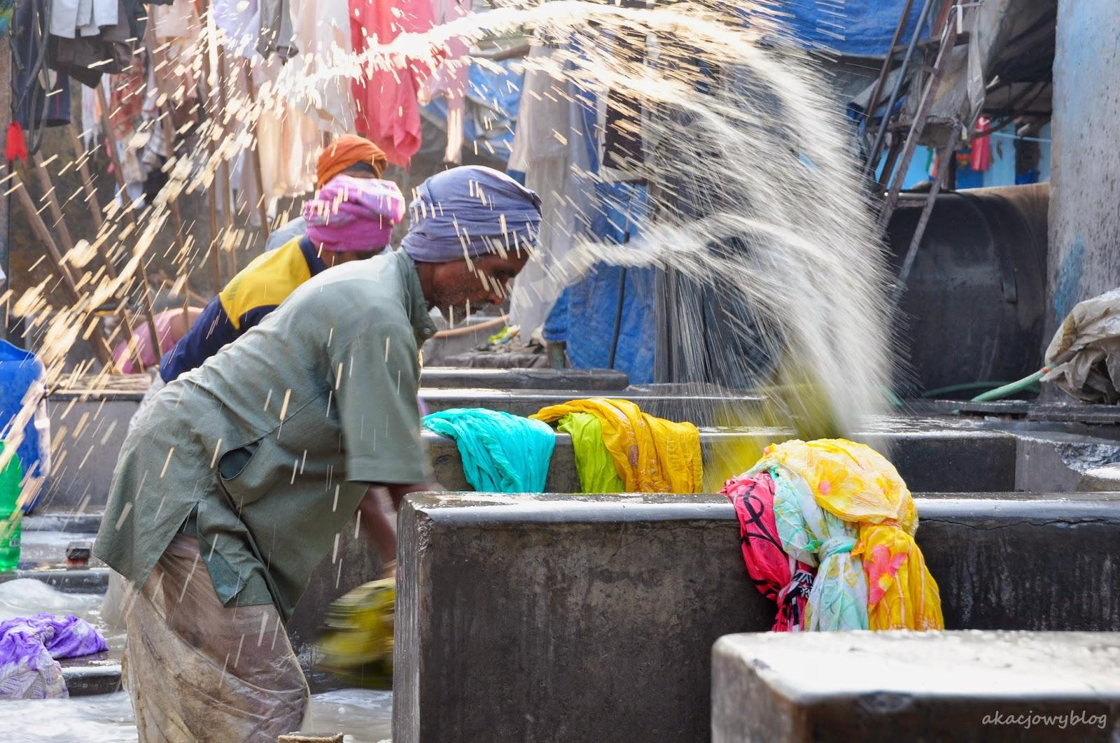 Dhobi Ghat - wielka pralnia w Mumbaiu.