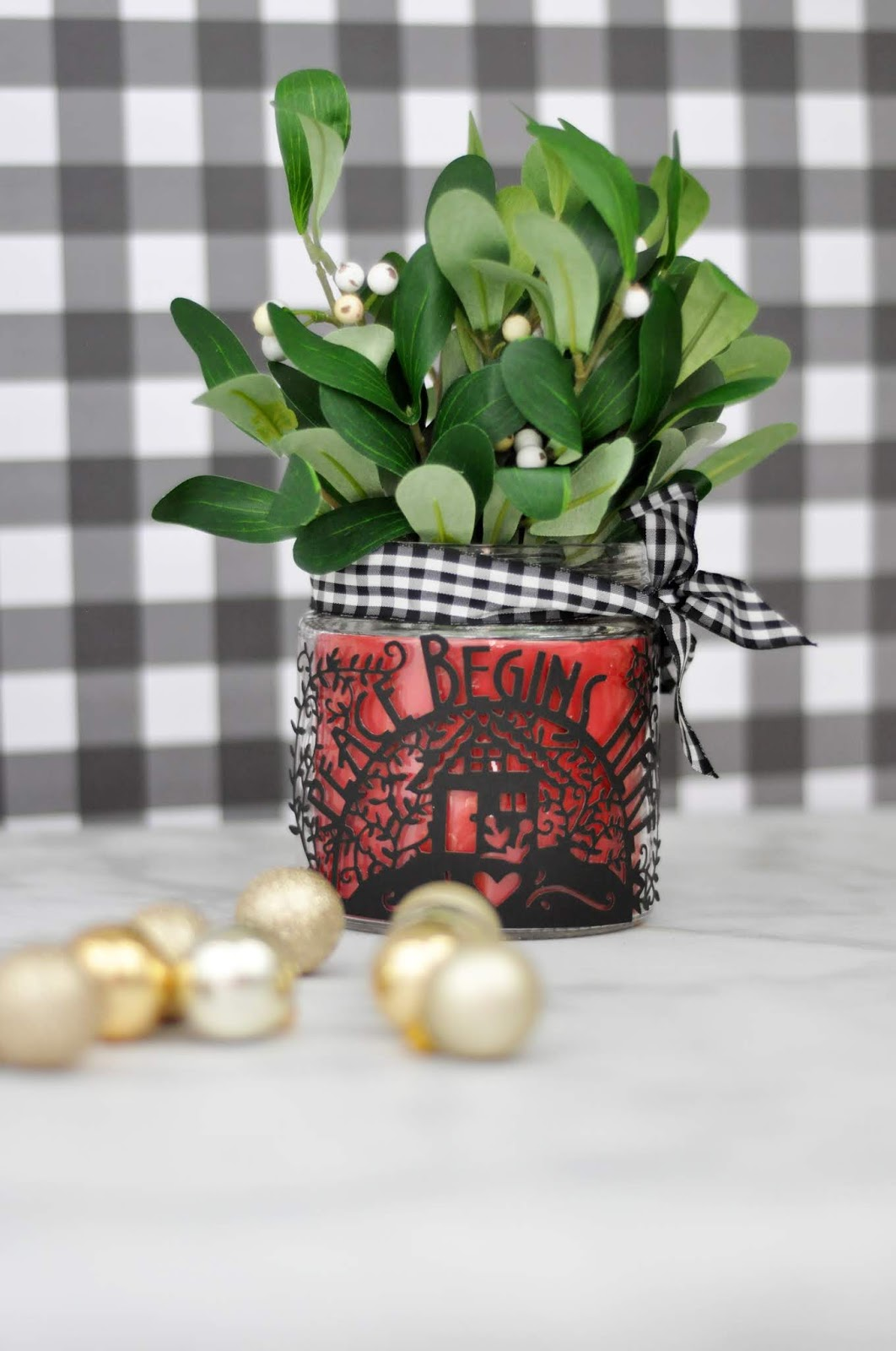 """Spellbinders Christmar Jar designed by Jen Gallacher with the """"Peace Begins Here"""" die cut. #spellbinders #jengallacher #christmascraft"""