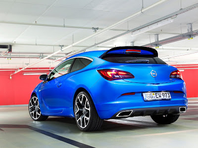 2013 Opel Astra OPC