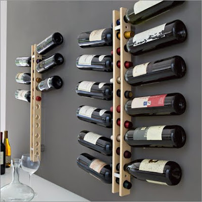 wall-mounted wine rack, holding 12 bottles