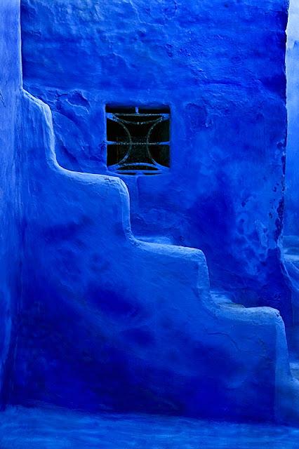 LA FOTO DEL DIA: Blue stairway 1