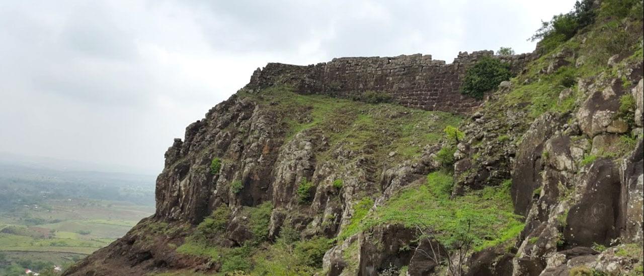 महिमानगड किल्ला - Mahimangad Fort