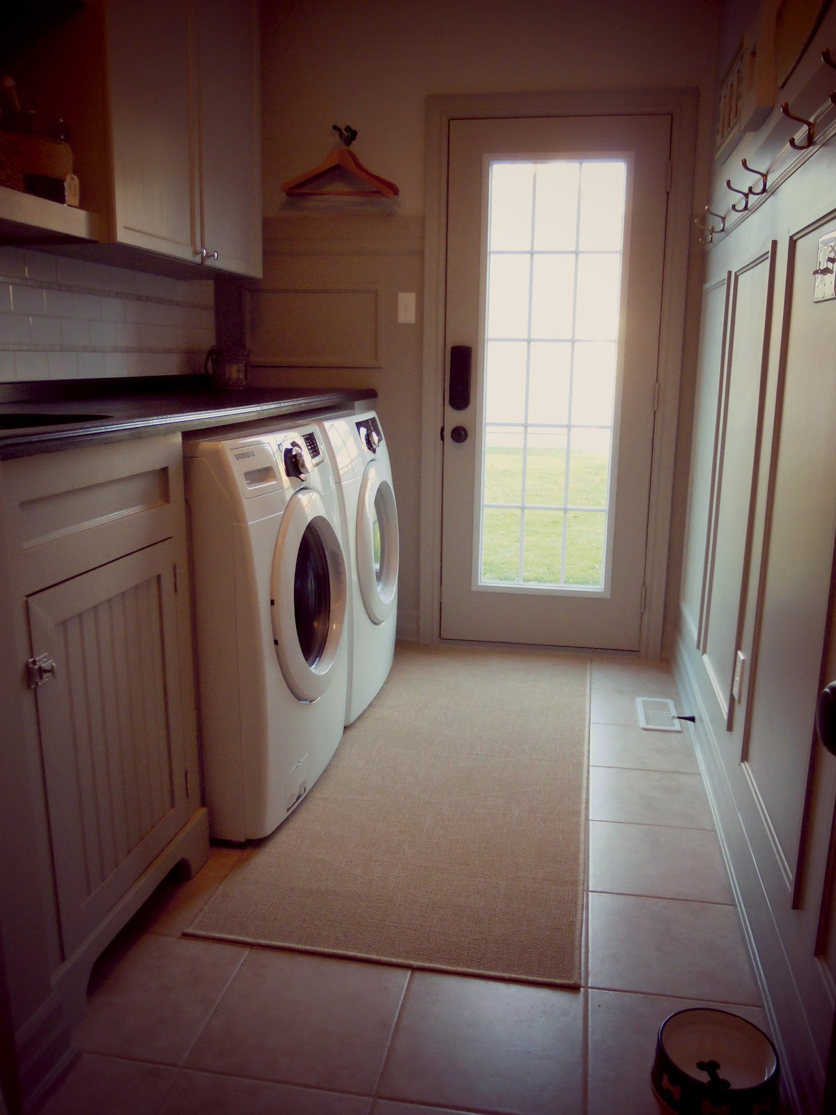 Completed laundry room White Wood Completed