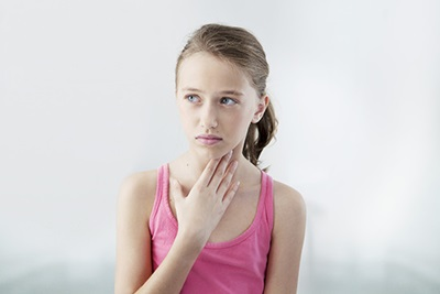 Cara Mengobati Sakit Tenggorokan Pada Anak