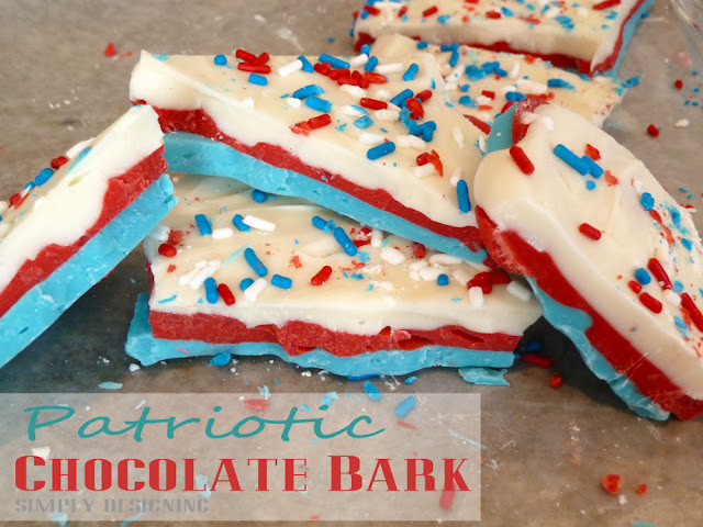 Red White and Blue Chocolate Bark - patriotic chocolate bark, perfect for #4thofJuly, #MemorialDay or #PatriotsDay or any #summer celebration!  This is so simple to make and really tasty to eat!  @SimplyDesigning  #patriotic #redwhiteblue #chocolate #recipe