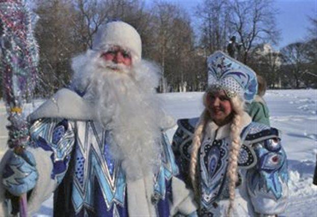 Πιο διάσημος στη Ρωσία ο «Παππούς Χιονιάς» από τον Πούτιν