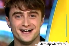 Dan Radcliffe accepts Harry Potter Awards (via satellite) at 2011 Teen Choice Awards