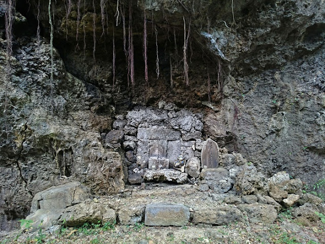 四郎樽金の墓の写真