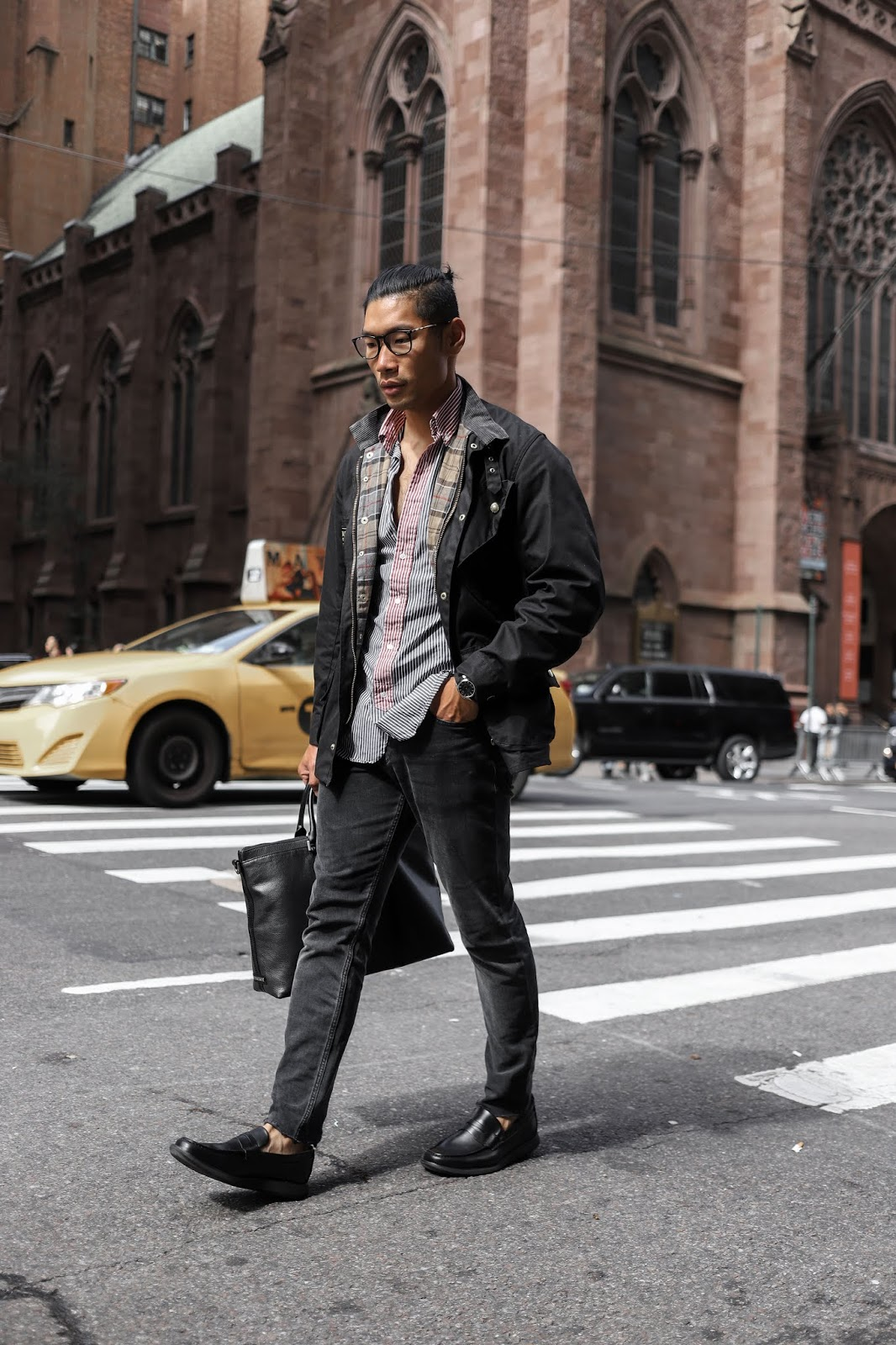 c4fa56a774 Menswear Blogger and Influencer wearing Sperry Loafers in City Prep Fall  Style Look ...