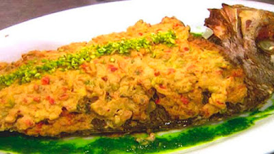Baked fish with pistachio and tahini (samke harra)