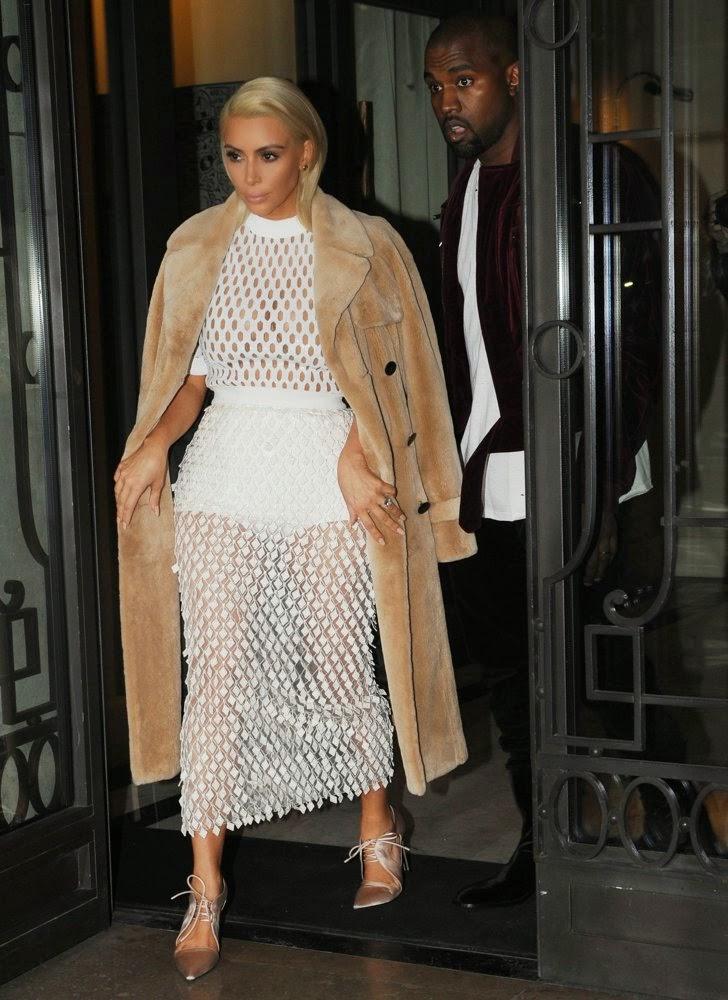 Consider, that Kim kardashian nude under mesh understand