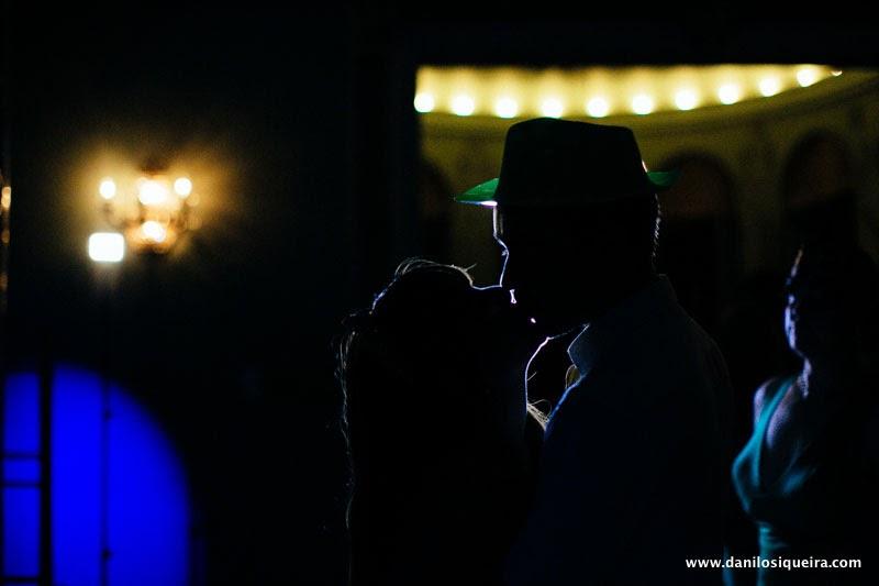 noivos - beijo noivos