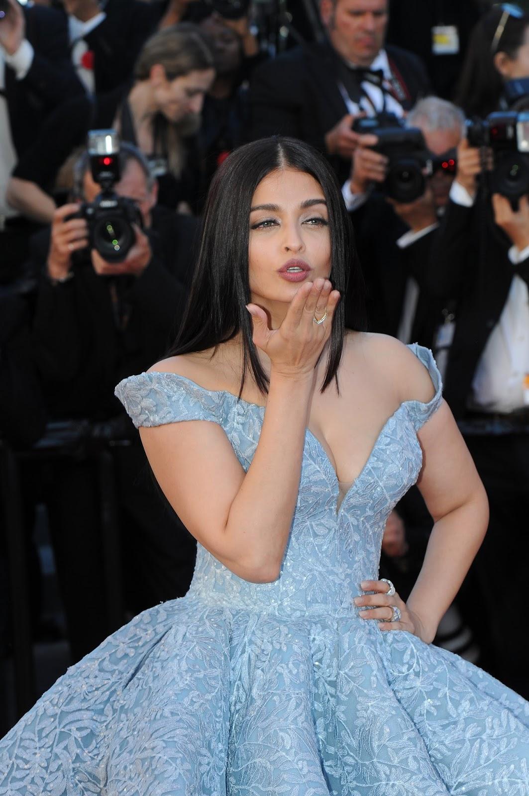 High Quality Bollywood Celebrity Pictures Aishwarya Rai -1531