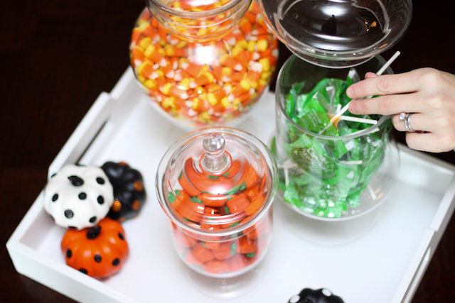 halloween party decorations, halloween decor, halloween party, home decor blogger, home decor blog, halloween party planning, halloween party food, halloween tree, halloween plates, halloween pillow