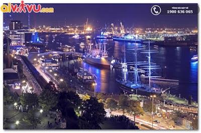 Cảng Hamburg nhộn nhịp
