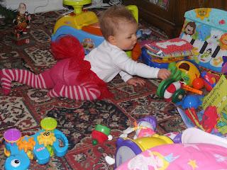 Mess, toddler toys