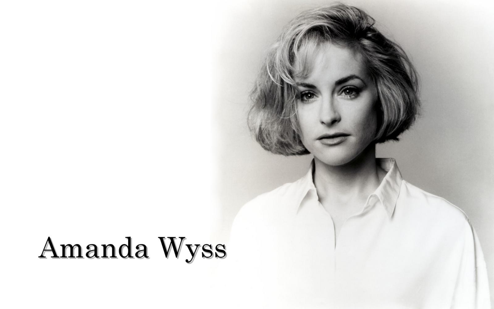 Amanda Wyss Photos wallpaperboard: 02 amanda wyss wallpaper