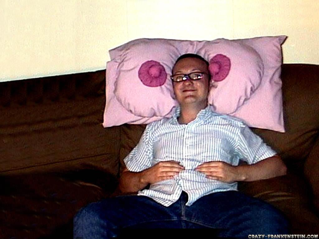 Weird Pillow | Very Weirdo
