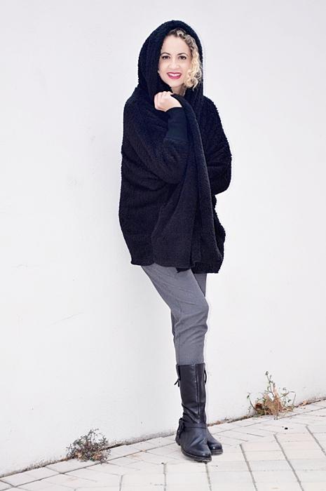 Outfit-abrigo-negro-capucha-6