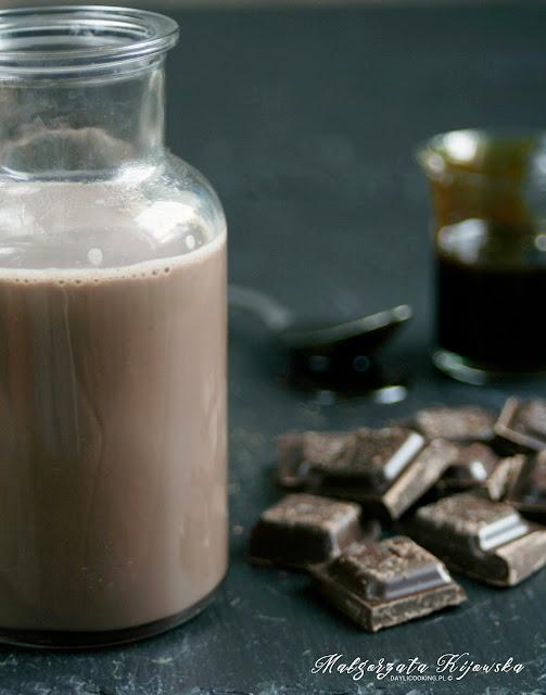 czekoladowy napój z melasą, wedel, czekolada gorzka, daylicooking, Małgorzata Kijowska