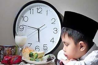 Gambar Anak Sedang Berpuasa Ramadhan