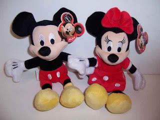 Gambar boneka Mickey dan Minnie Mouse berpasangan 4
