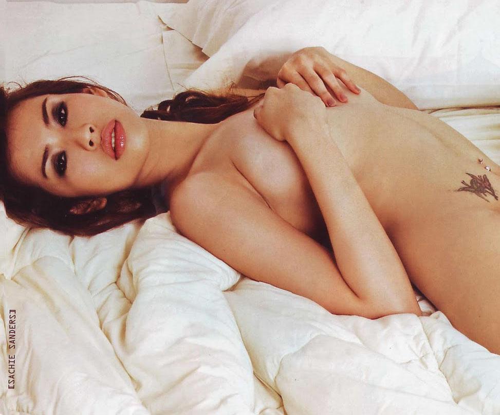sachie sanders sexy topless pics 02