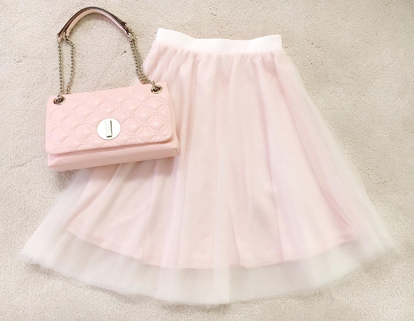 aa48674767 I saw this slightly longer (knee length +, depending on the wearer's  height) skirt start making major appearances for Liz Lisa in Spring 2014  and just ...