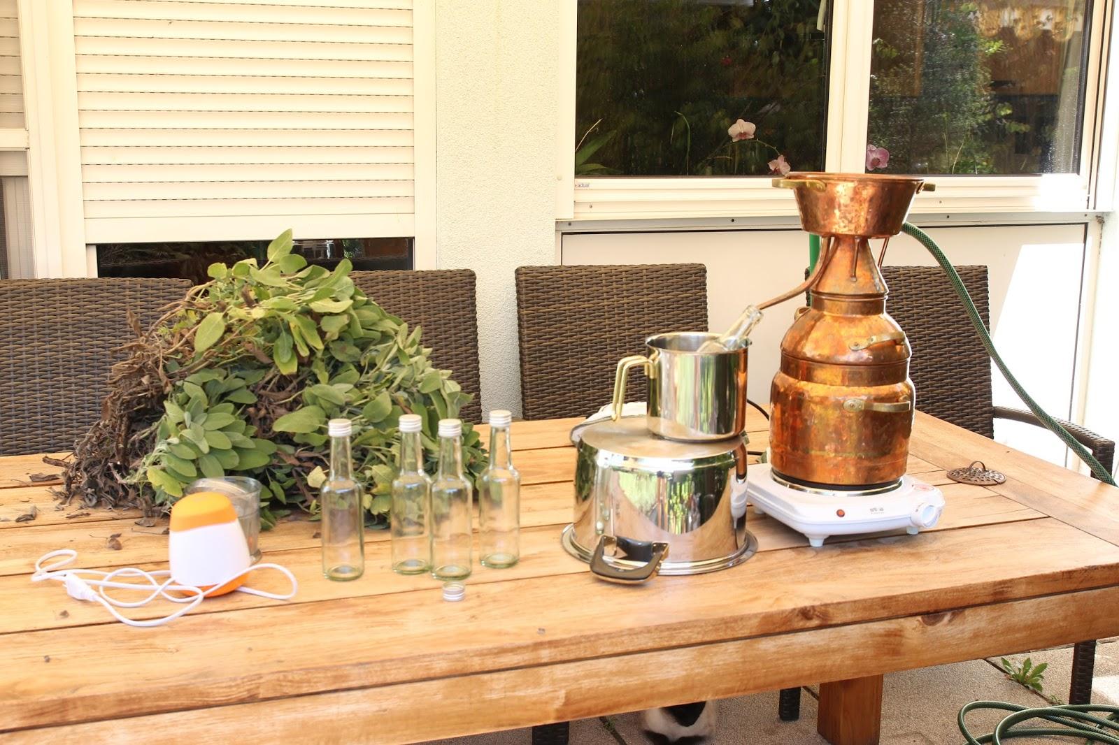 Kräuter Destillieren
